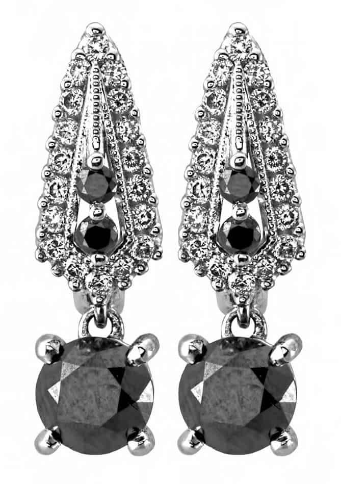Женские серьги с бриллиантами чёрного цвета