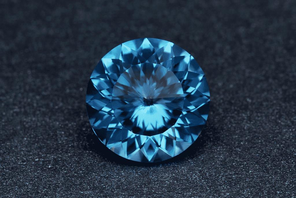 Голубые камни в украшениях: названия, описания, виды