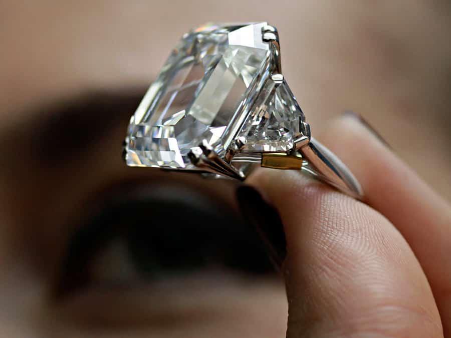 Драгоценные и полудрагоценные камни: отличия, названия и фото, советы, как не нарваться на подделку