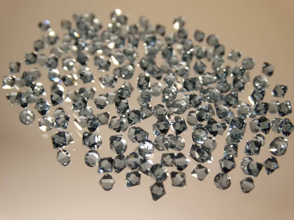 Алмазы искусственного происхождения