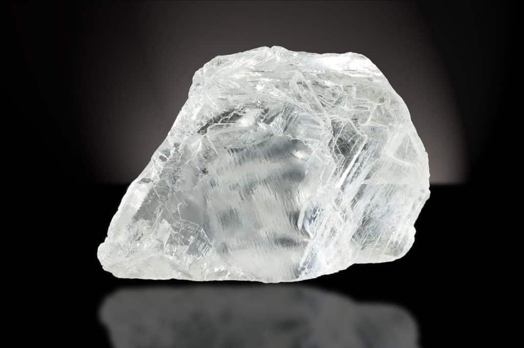 Как выглядит алмаз в природе