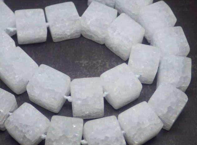 Снежный кварц камень магические свойства