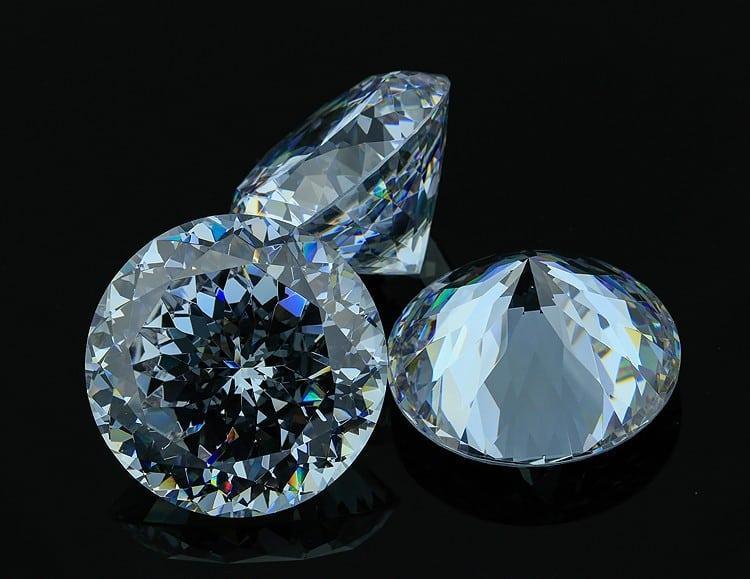 Фианит и его свойства