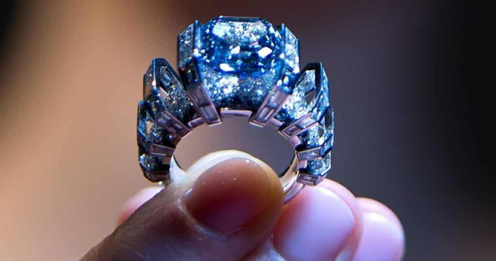 Легендарные голубые бриллианты