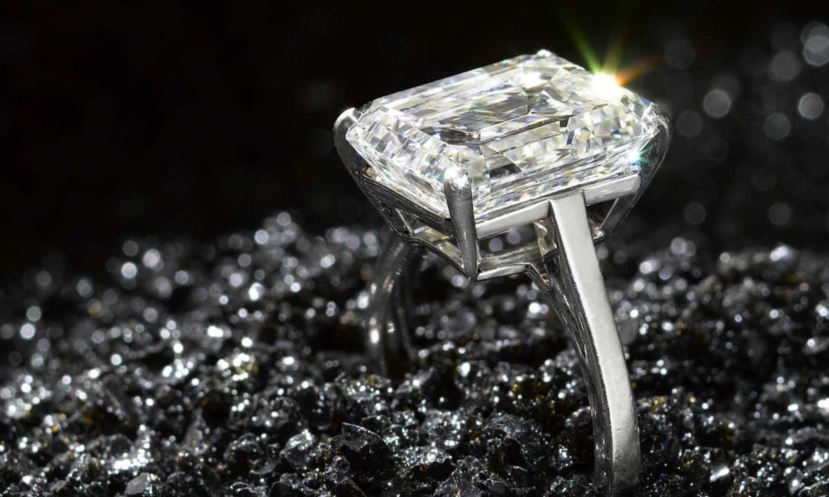 Получение алмаза из графита