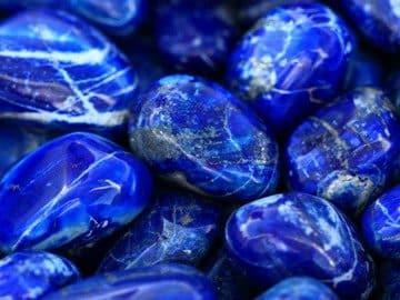 Свойства камня лазурит и значение по знакам Зодиака