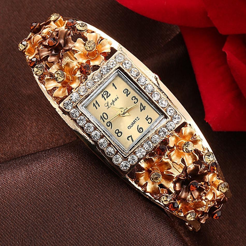 Искусственные алмазы, украшающие часы