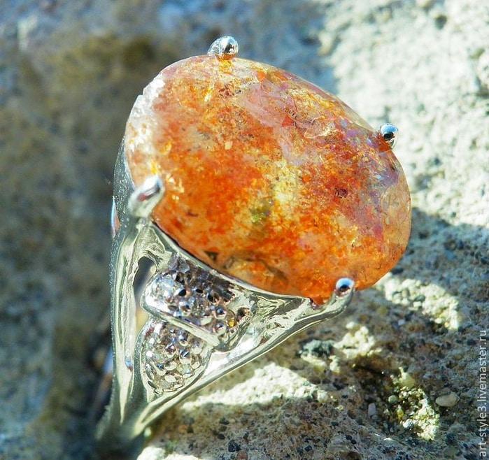 Камень солнца фото