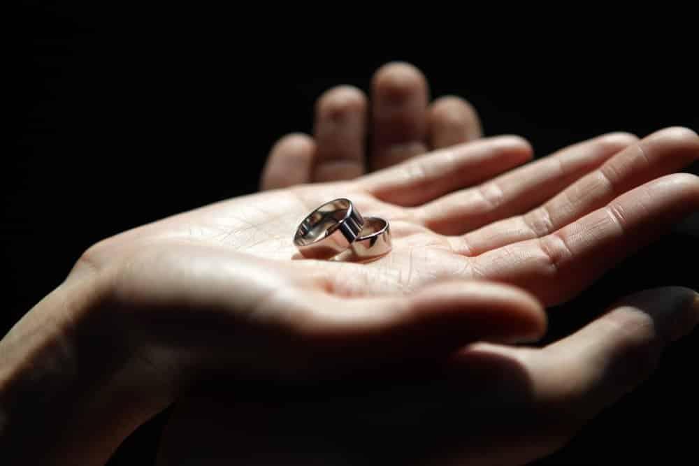 Примета выпал камень из кольца