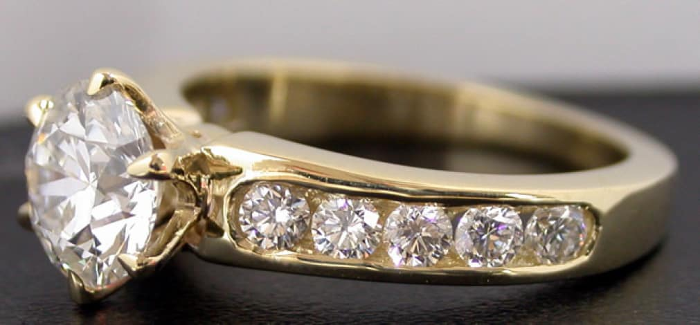 Кольцо с бриллиантом толкование сна